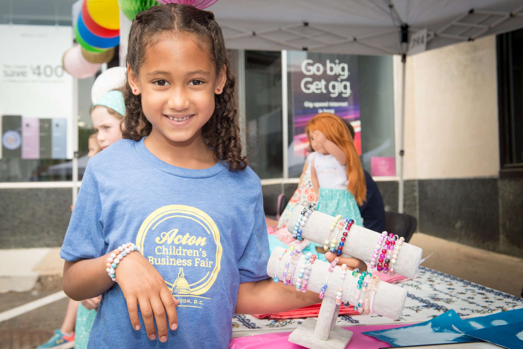 7 Great Small Business Ideas For Kids To Start Making Money